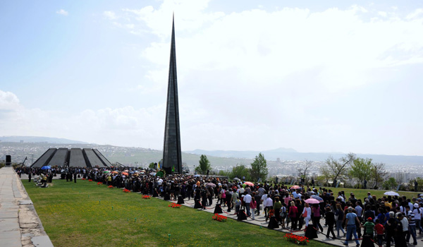 armenian-genocide-memorial-tsitsernakaberd-april24-2012-pagespeed-ce-ttioltko9c